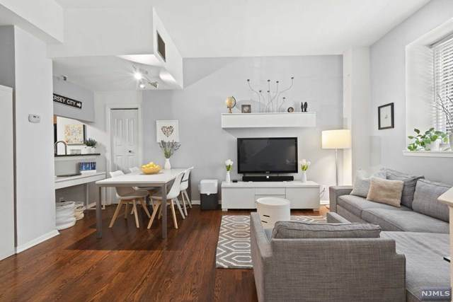 186 Wayne Street 112D, Jersey City, NJ 07302 (MLS #21017204) :: Provident Legacy Real Estate Services, LLC