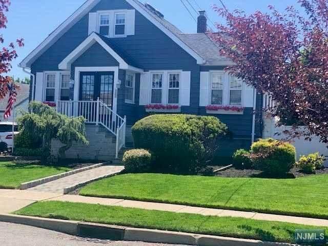 232 Ottawa Avenue, Hasbrouck Heights, NJ 07604 (#21017449) :: NJJoe Group at Keller Williams Park Views Realty