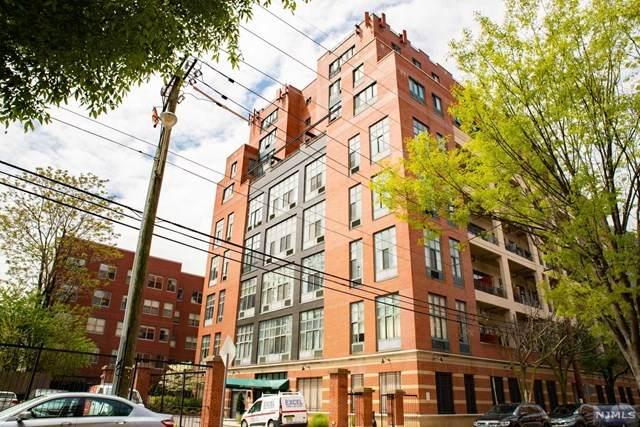 205 10th Street 2G, Jersey City, NJ 07302 (MLS #21017517) :: Provident Legacy Real Estate Services, LLC