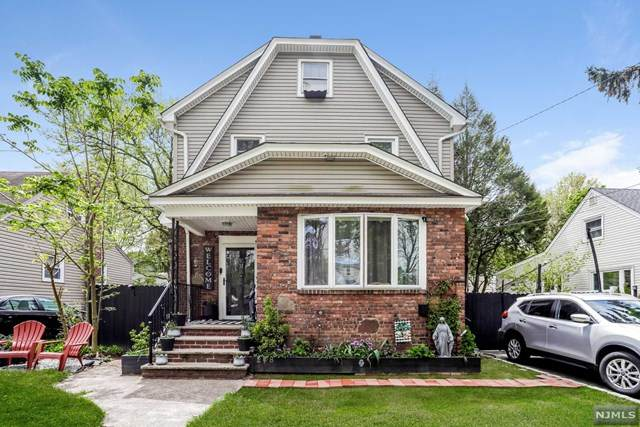 248 E Clinton Avenue, Bergenfield, NJ 07621 (MLS #21017649) :: Corcoran Baer & McIntosh
