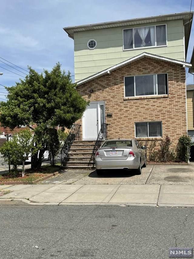 700 Bergen Street, Harrison, NJ 07029 (MLS #21017703) :: Pina Nazario