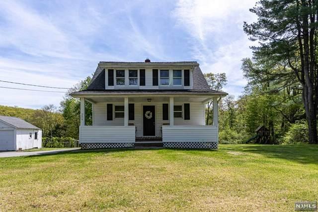286 Germantown Road, West Milford, NJ 07480 (MLS #21017714) :: Kiliszek Real Estate Experts
