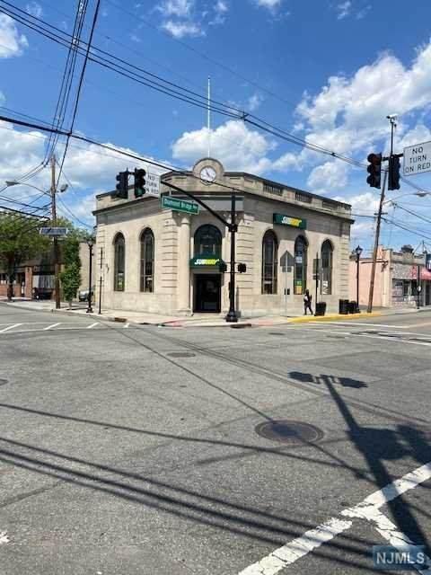 315 Lafayette Avenue - Photo 1
