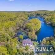 257 Weaver Road, West Milford, NJ 07480 (MLS #21018161) :: Kiliszek Real Estate Experts