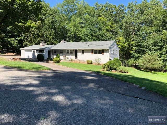 60 Fawnhill Road, Upper Saddle River, NJ 07458 (MLS #21018181) :: Kiliszek Real Estate Experts