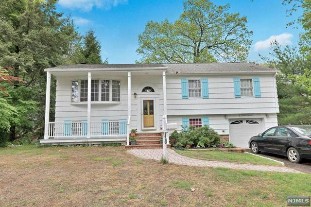 136 Clinton Avenue, Hillsdale, NJ 07642 (MLS #21018186) :: Kiliszek Real Estate Experts