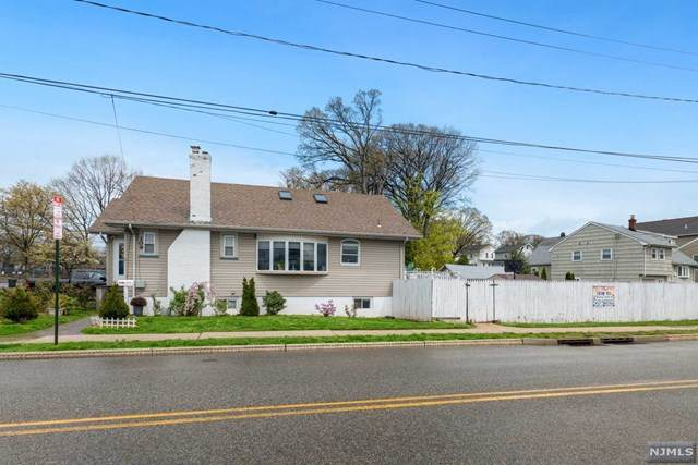 109 Delafield Avenue, Rutherford, NJ 07070 (MLS #21018226) :: Kiliszek Real Estate Experts