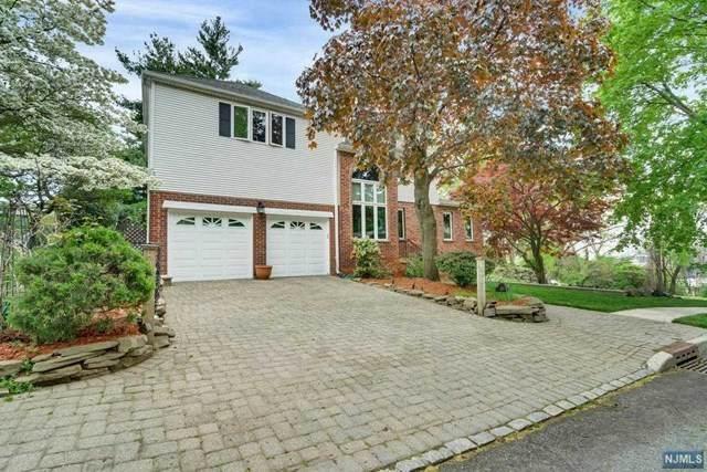 370 Oncrest Terrace, Cliffside Park, NJ 07010 (MLS #21018230) :: Kiliszek Real Estate Experts