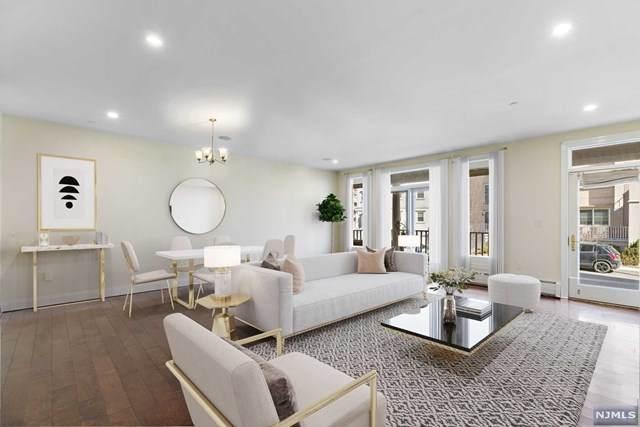 206 W Shearwater Court #13, Jersey City, NJ 07305 (MLS #21018304) :: Kiliszek Real Estate Experts