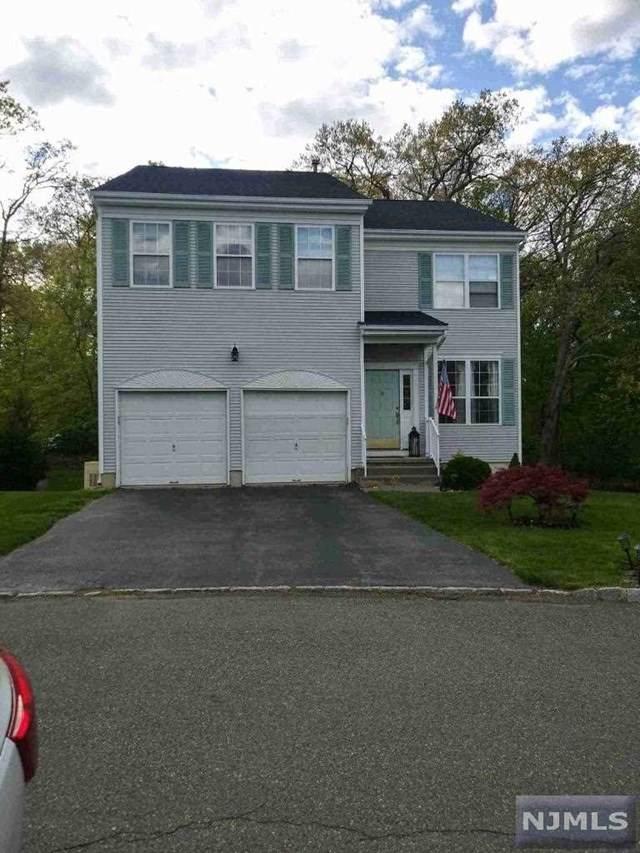 19 N Glen Circle, Jefferson Township, NJ 07438 (MLS #21018305) :: Kiliszek Real Estate Experts