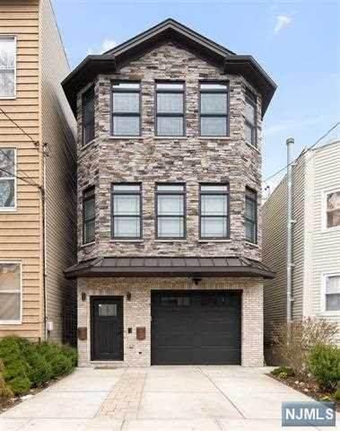 15 Nelson Avenue #1, Jersey City, NJ 07307 (MLS #21018465) :: Kiliszek Real Estate Experts