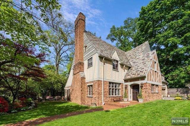 107 Clinton Avenue, Montclair, NJ 07042 (MLS #21018539) :: Corcoran Baer & McIntosh