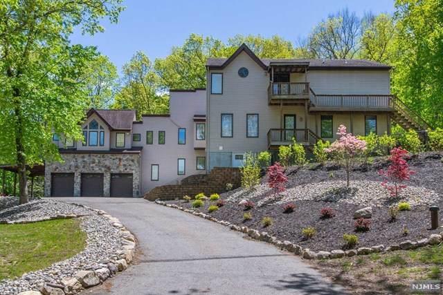 38 Windbeam Lane, Ringwood, NJ 07456 (MLS #21018645) :: Kiliszek Real Estate Experts