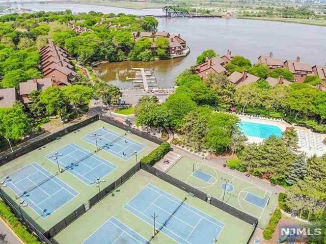 306 Sea Isle Key, Secaucus, NJ 07094 (MLS #21018689) :: Kiliszek Real Estate Experts