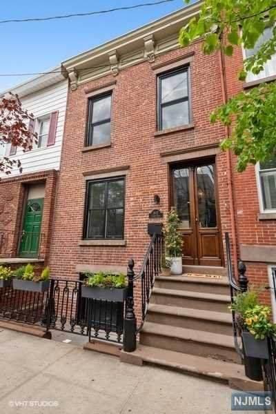 802 Garden Street, Hoboken, NJ 07030 (MLS #21018693) :: Kiliszek Real Estate Experts