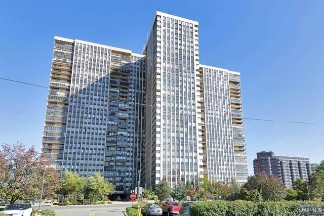 200 Winston Drive #720, Cliffside Park, NJ 07010 (MLS #21018754) :: Kiliszek Real Estate Experts