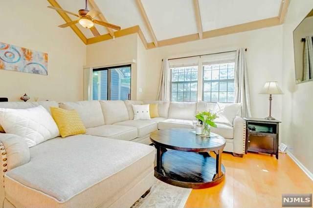 35 Salem Alley C, West Milford, NJ 07480 (MLS #21018764) :: Kiliszek Real Estate Experts
