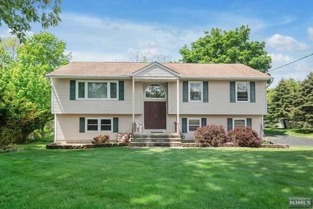 417 Black Oak Ridge Road, Wayne, NJ 07470 (MLS #21018798) :: Kiliszek Real Estate Experts
