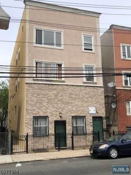 644 18th Avenue - Photo 1