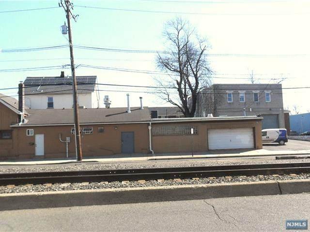 104 Railroad Avenue - Photo 1