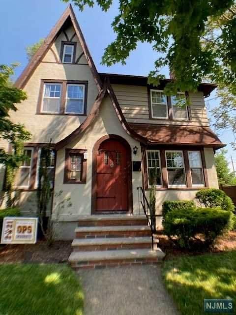 604 Cooper Avenue, Oradell, NJ 07649 (#21020041) :: United Real Estate
