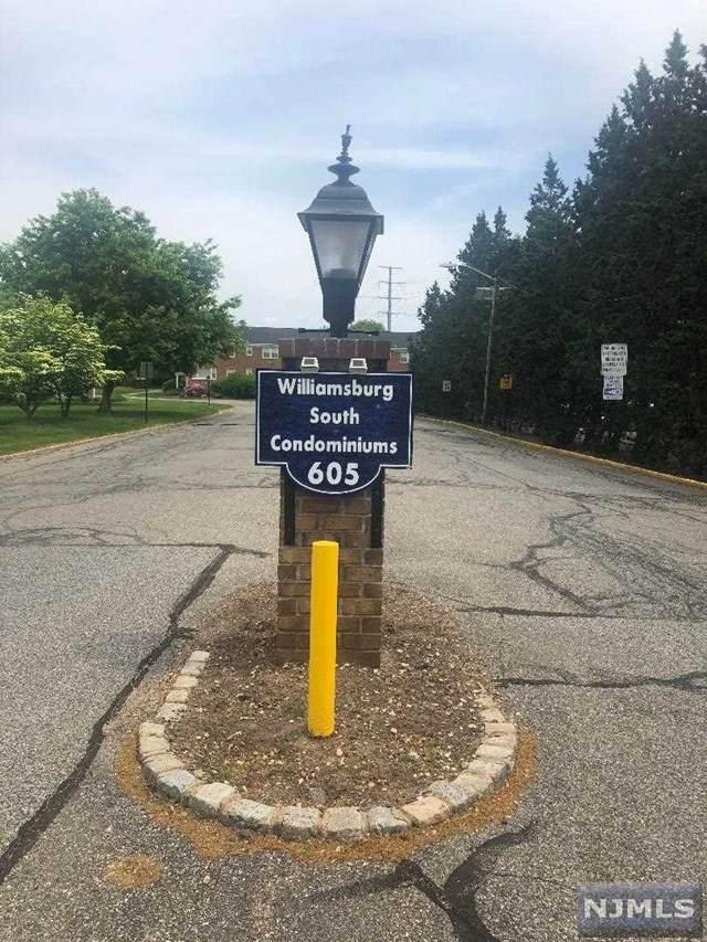 605 Grove Street - Photo 1