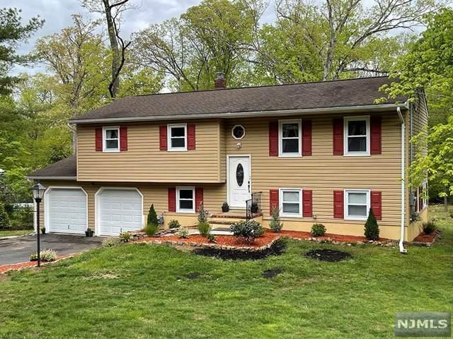 1000 Carteret Road, Bridgewater, NJ 08807 (#21020402) :: United Real Estate