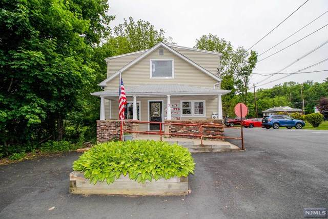 3 New Street, Mount Olive Township, NJ 07828 (MLS #21020825) :: Howard Hanna | Rand Realty