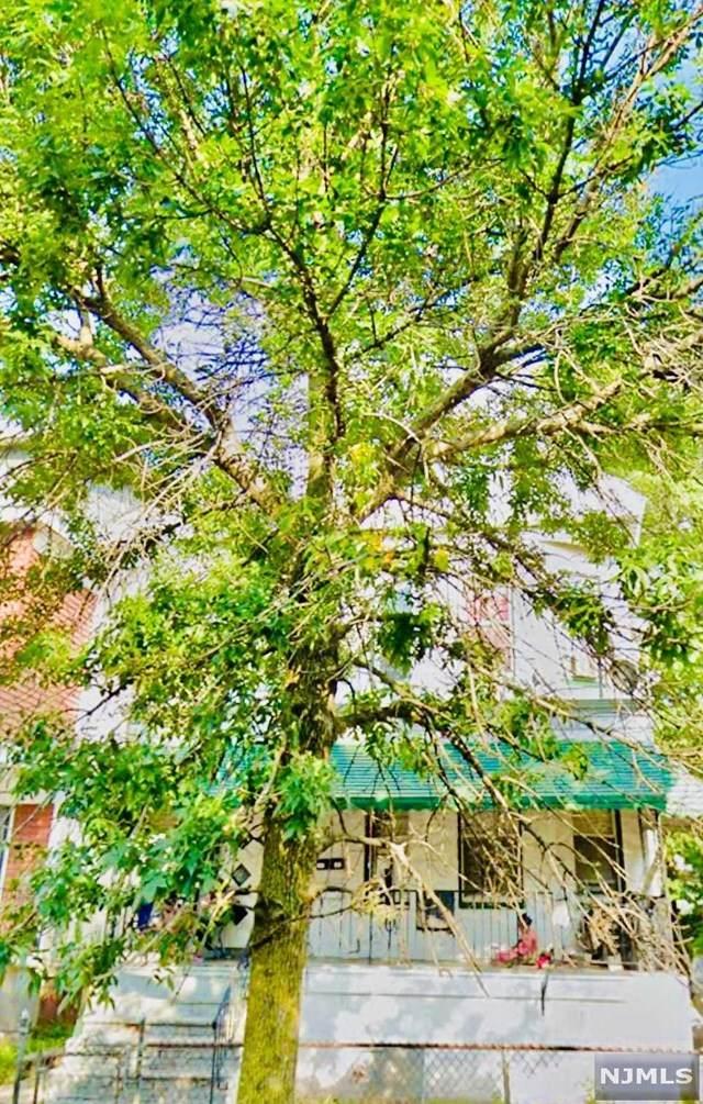 24-26 Chelsea Avenue - Photo 1