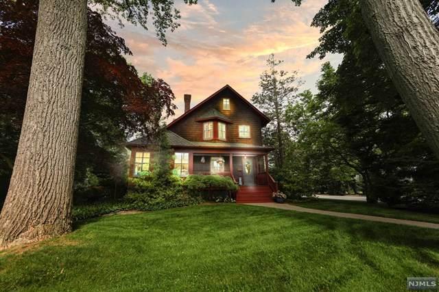447 Summit Avenue, Oradell, NJ 07649 (#21021212) :: United Real Estate