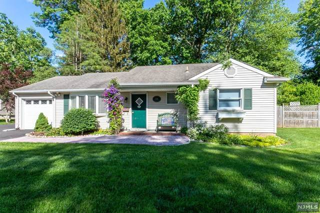 196 Livingston Street, Norwood, NJ 07648 (#21021338) :: United Real Estate