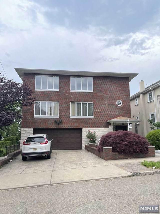 369 Abbott Avenue - Photo 1