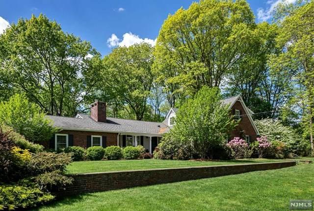 164 Forest Road, Allendale, NJ 07401 (#21021856) :: United Real Estate