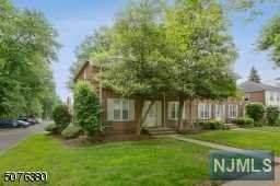 1 Parkway Village, Cranford, NJ 07016 (MLS #21022318) :: RE/MAX RoNIN