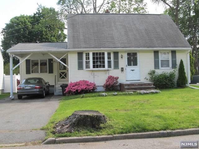 13 Walnut Street, Bloomingdale, NJ 07403 (#21022507) :: United Real Estate
