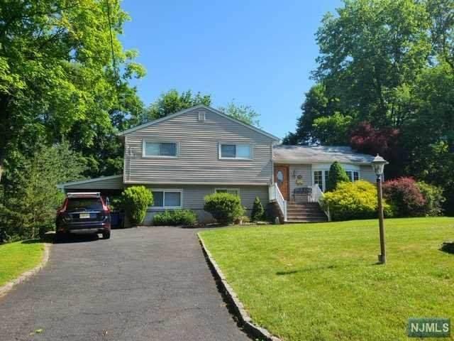 61 Ehret Avenue, Harrington Park, NJ 07640 (MLS #21022627) :: RE/MAX RoNIN