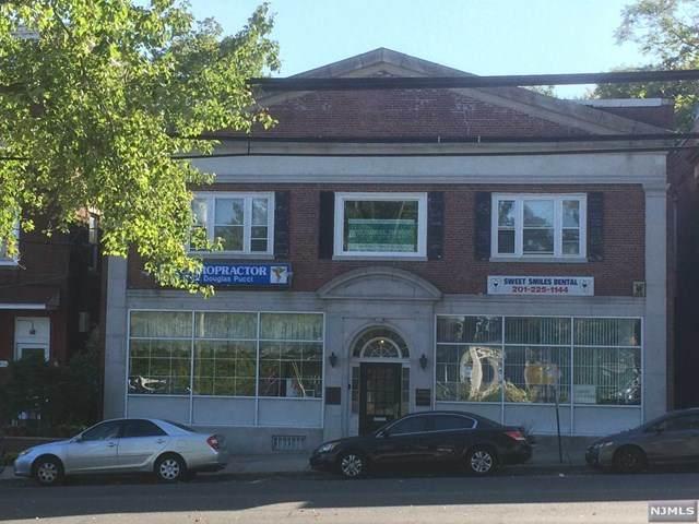 617 Oradell Avenue - Photo 1