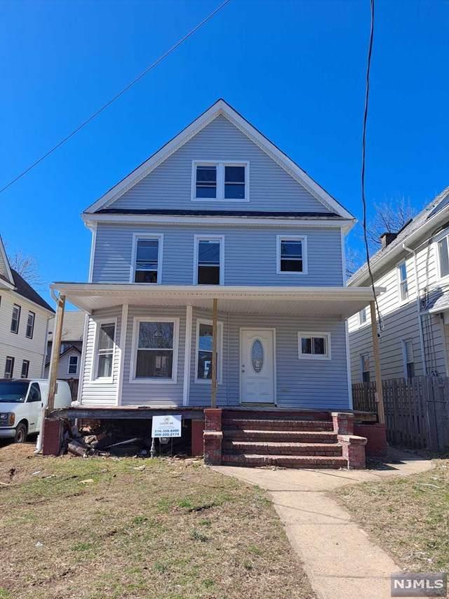 912-914 4th Street - Photo 1