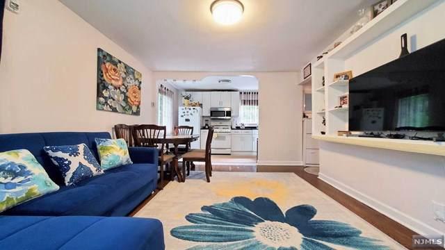 533B Grand Avenue, Leonia, NJ 07605 (MLS #21023252) :: Provident Legacy Real Estate Services, LLC