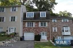 16 Sandra Lane, Bloomingdale, NJ 07403 (#21023459) :: United Real Estate