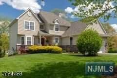 1 Bracken Hill Road, Hardyston, NJ 07419 (MLS #21023497) :: Provident Legacy Real Estate Services, LLC