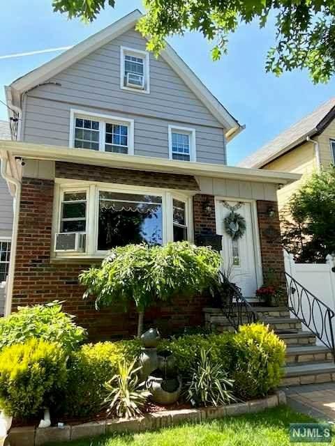 92 Laurel Street, Ridgefield Park, NJ 07660 (MLS #21023498) :: RE/MAX RoNIN