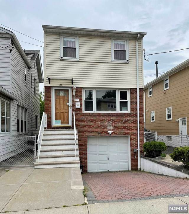 552 Devon Street, Kearny, NJ 07032 (MLS #21023544) :: Pina Nazario