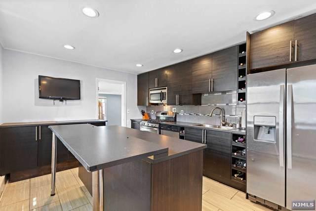 211 Court Avenue, Lyndhurst, NJ 07071 (MLS #21023555) :: Corcoran Baer & McIntosh