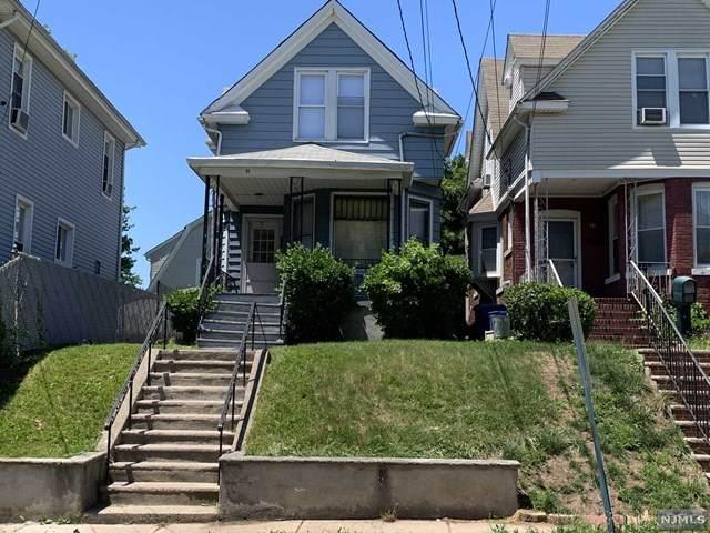 31 Vanderbeck Place, Hackensack, NJ 07601 (MLS #21023568) :: Kiliszek Real Estate Experts