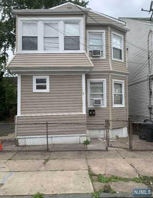 70 Mercer Street, Paterson, NJ 07524 (MLS #21023665) :: Pina Nazario