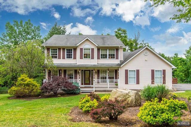 517 Kings Point Trail, Franklin Lakes, NJ 07417 (#21023675) :: United Real Estate