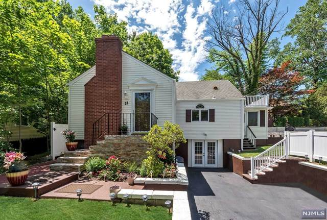 21 Pleasant View Avenue, Bloomingdale, NJ 07403 (#21023726) :: United Real Estate