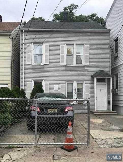 7 Park Place, Paterson, NJ 07524 (MLS #21023732) :: Pina Nazario