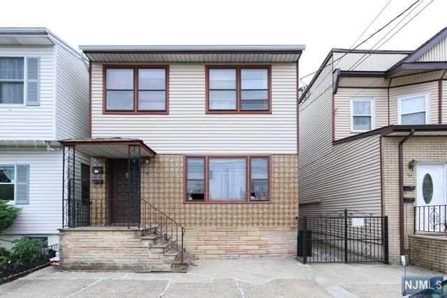 96 Brighton Avenue, Kearny, NJ 07032 (MLS #21023813) :: Pina Nazario